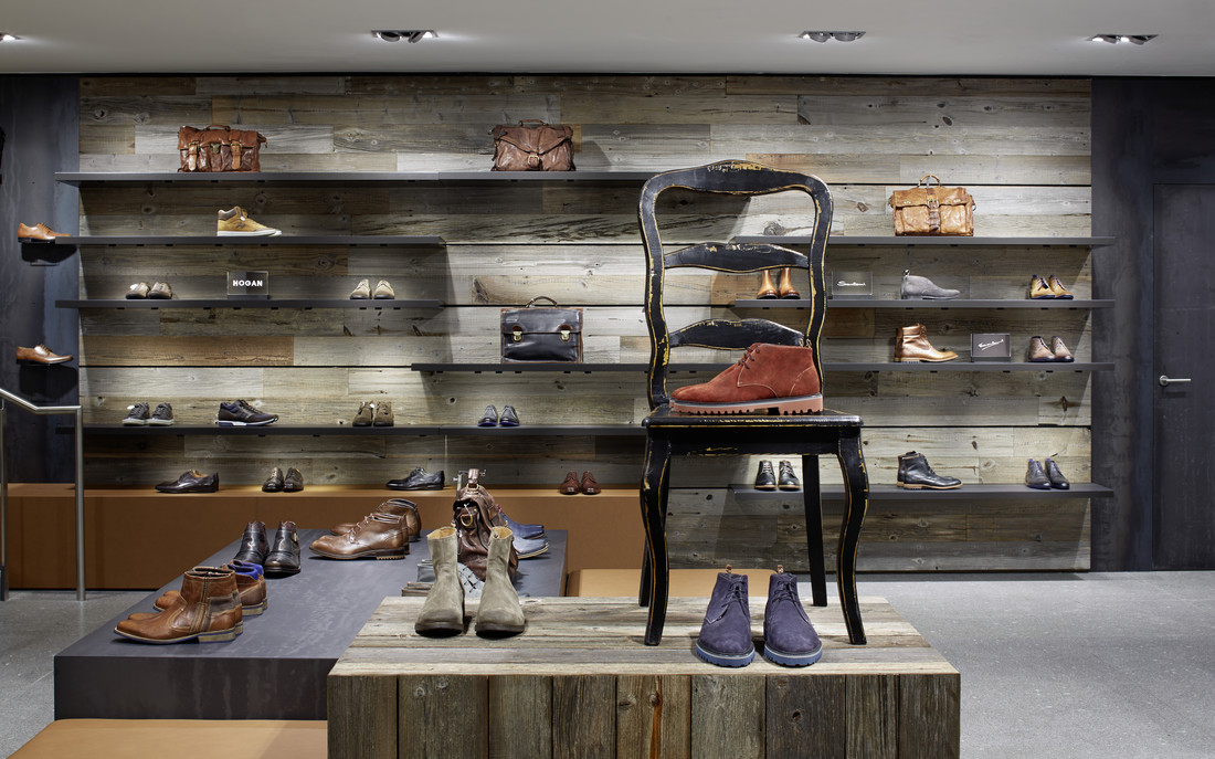 Home giovannini s r l for Outlet online arredamento